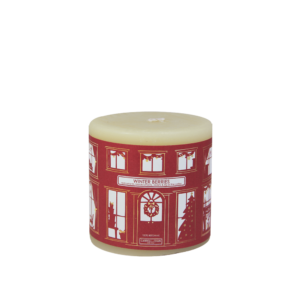 Winter Berries beeswax candle
